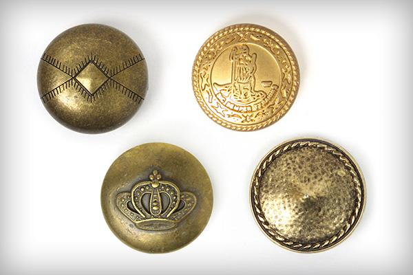 Botões dourados