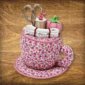 Aujourd'hui dans le Calendrier de l'Avent : 1 x 1 petite tasse à couture