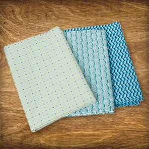 Aujourd'hui dans le Calendrier de l'Avent : 3 x 1 ensemble de tissus Tula Style