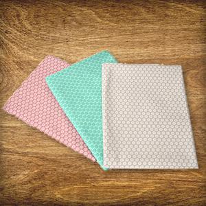 Aujourd'hui dans le Calendrier de l'Avent : 3 x 1 ensemble de tissus à fleurs aux couleurs pastel