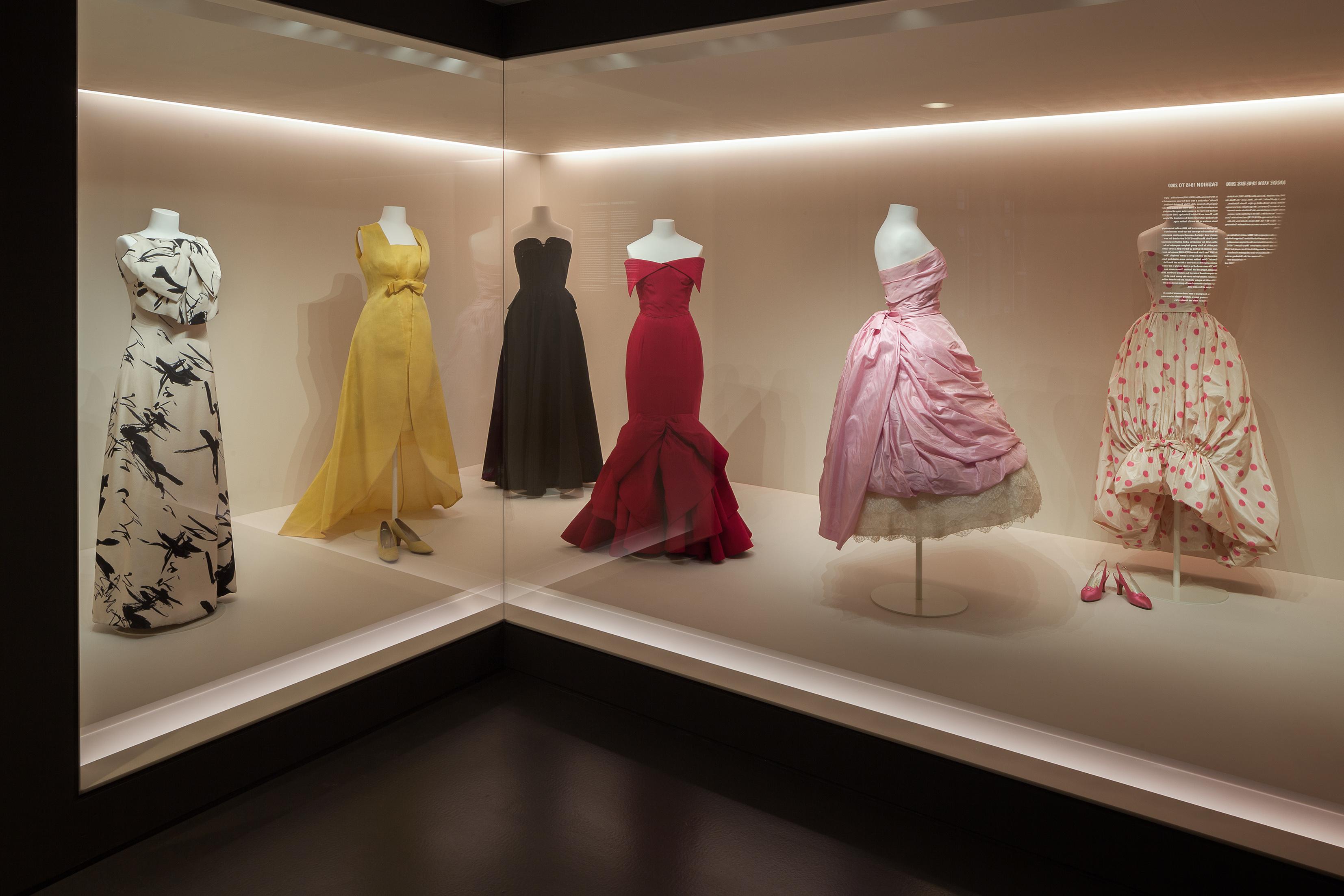 Kulturtipp für Berlin: Wiedereröffnung des Kunstgewerbemuseums mit großer Modegalerie