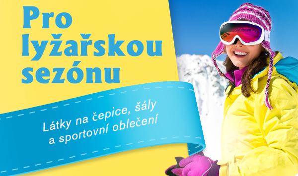 Zábava na sněhu - ve vlastnoručně ušitém sportovním oblečení a skvělých pletených čepicích