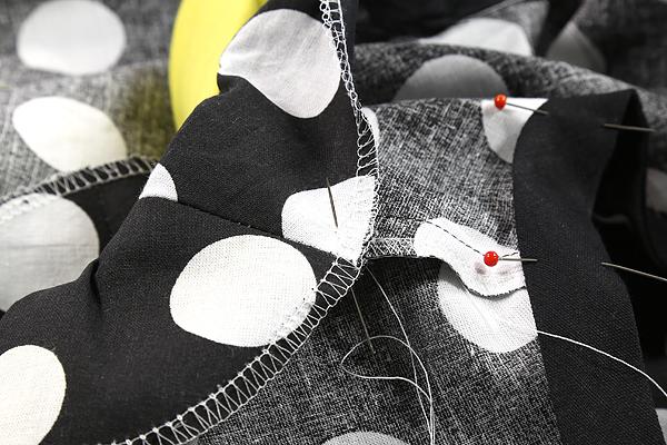 """Kostenlose Nähanleitung: Top mit Bubikragen aus der aktuellen Folge von """"Geschickt eingefädelt – wer näht am besten?"""" – mit Verlosung!"""