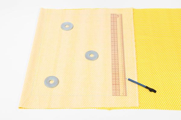Kostenlose Nähanleitung: Wäschesack für Reisen oder Zuhause - Baumwollstoff zuschneiden