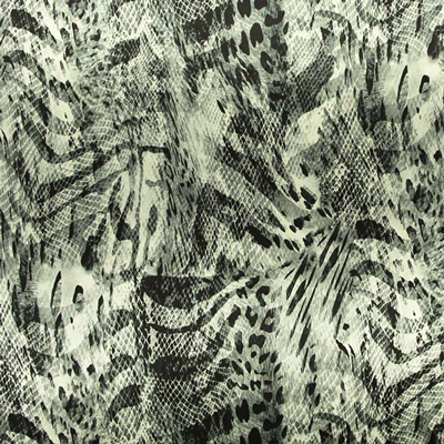 Una novità in edizione limitata: satin stretch in fantasia animalier