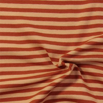 Sono arrivati giusto adesso 16 nuovi tessuti di jersey a righe.