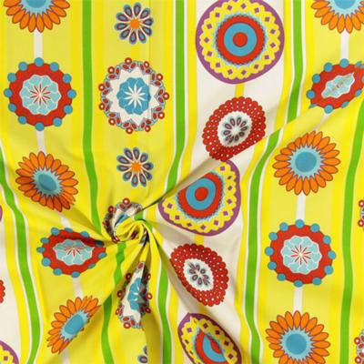100% stile retrò: nuovi tessuti arredo a fiori