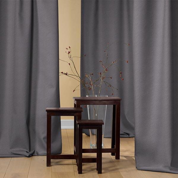 Houdt de warmte in de kamer – gordijnen van Thermo-Reflex-stoffen ...