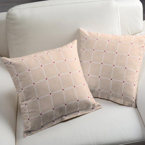 Tessuto arredo a quadri e cuori 2 tessuti per tende for Quadri d arredo