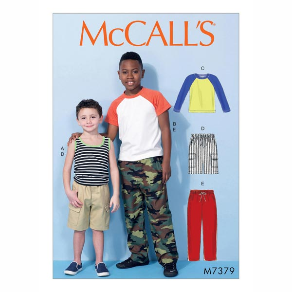 Kindershirt, Shorts & Hose von McCall'S