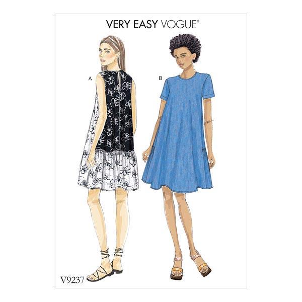 a linjeformad klänning