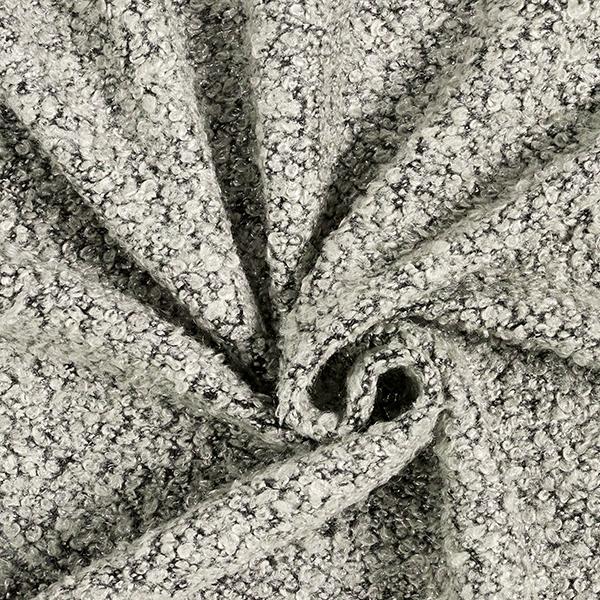 Maille bouclée avec détails métalliques – gris clair/argent