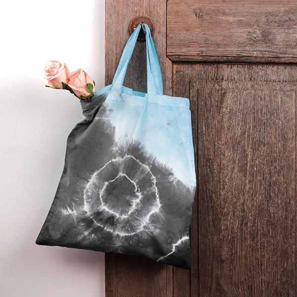 Teinture manuelle Batik   Rayher – noir