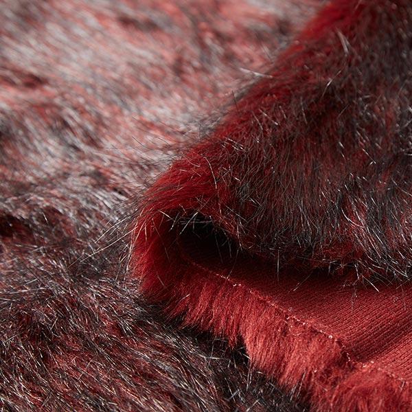 Fourrure synthétique Poil long extravagant – rouge bordeaux