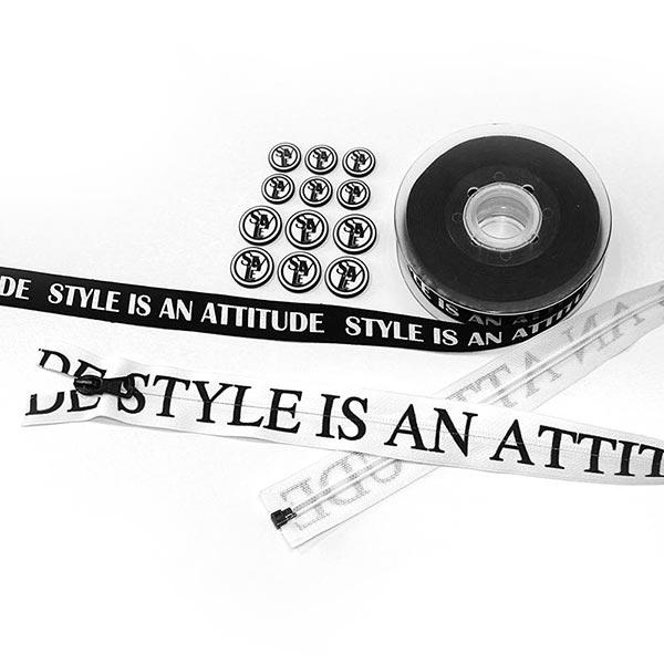 Style Nähzubehör Set [ 16-teilig ] – schwarz/weiss
