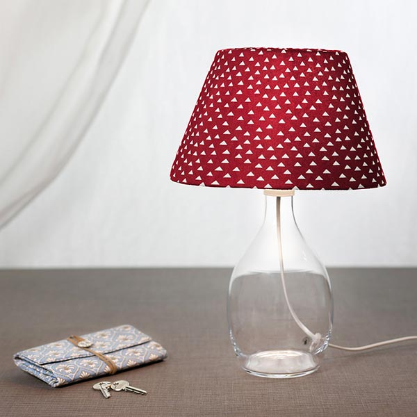 Tissu en coton Popeline Triangles – rouge
