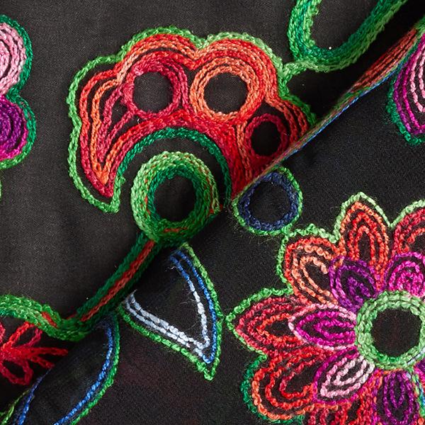 Chiffon Broderie florale – noir