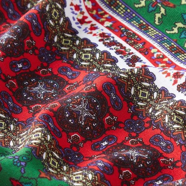 Tissu de chemisier Mélange de motifs ornements – rouge