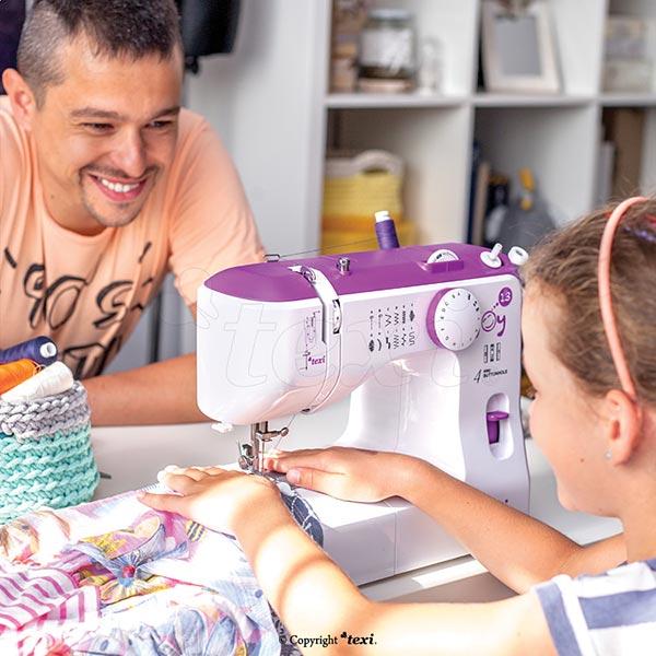 Machine à coudre domestique Texi Joy 13 - violet