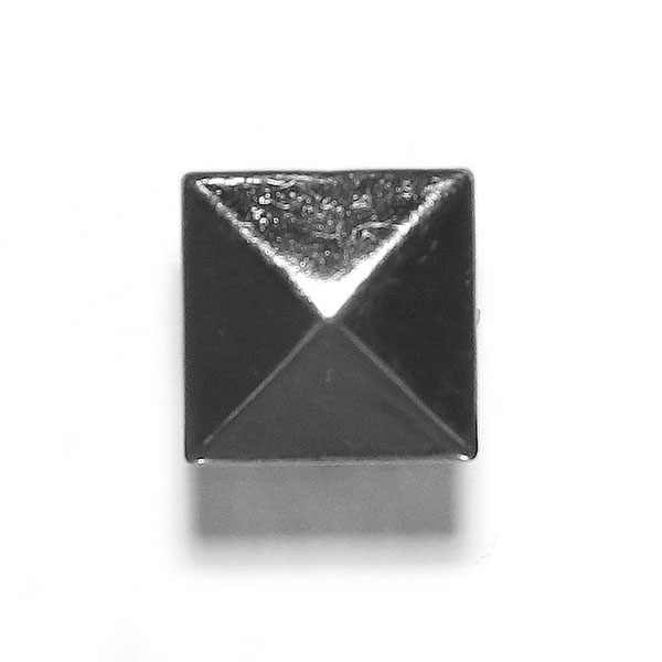 Pyramidennieten 2